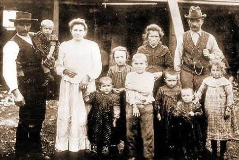 FamigliaCastagnaColoniCapitanPastene1910